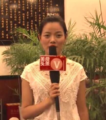 """【美食头条V】20160708期:火锅中的""""重庆制造"""" 谁是必点菜品前三甲?"""