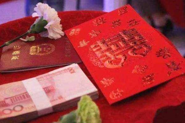 """从""""十年苦供""""到""""零彩礼""""嫁女——宁夏一位六旬农民的奋斗故事"""