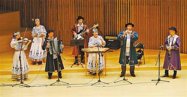 重庆·明斯克州文化旅游日开幕