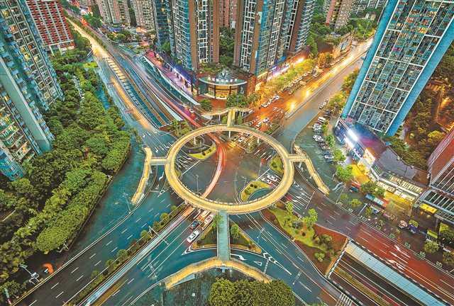 """重庆城市管理""""四难""""怎么破?"""